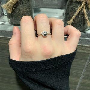 Silver round pandora ring